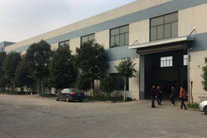 青浦城区两栋厂房-层高6.5米-适合仓库、办公、展示厅、卖场