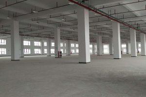 工业园区原房东一楼厂房出租,可割出两层,适合机械、五金、仓库等任何无污染行业